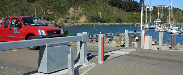 Seaview Marina sliding road beam