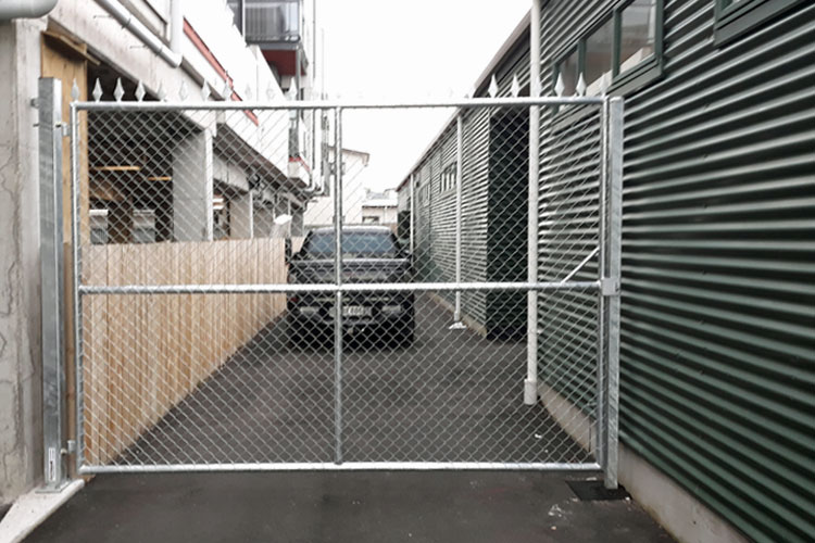 Industrial-lane-swing-gate
