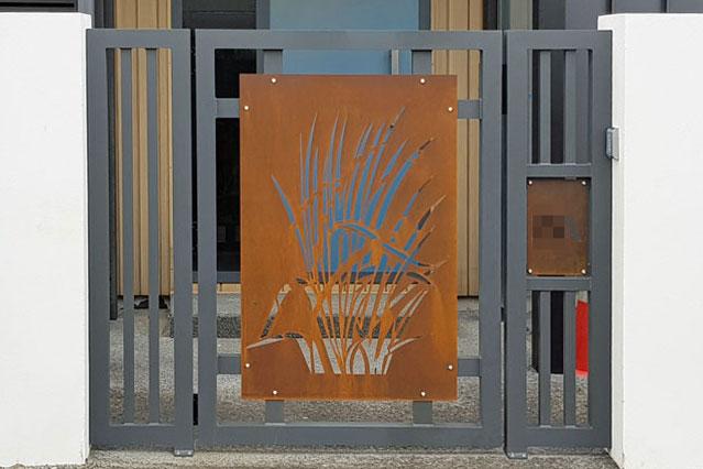 Pedestrian-Gate--Petone