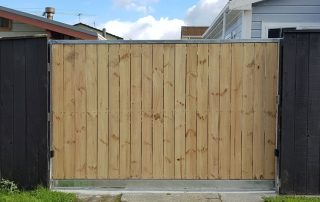 Sliding gate with-fence-palings